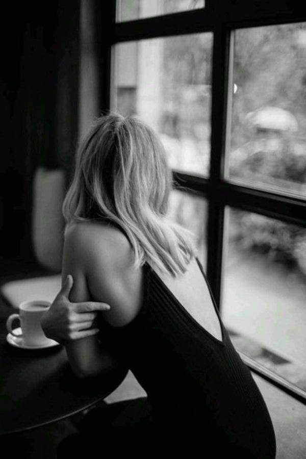 09032019 hinh anh ly cafe mot minh Serano 8