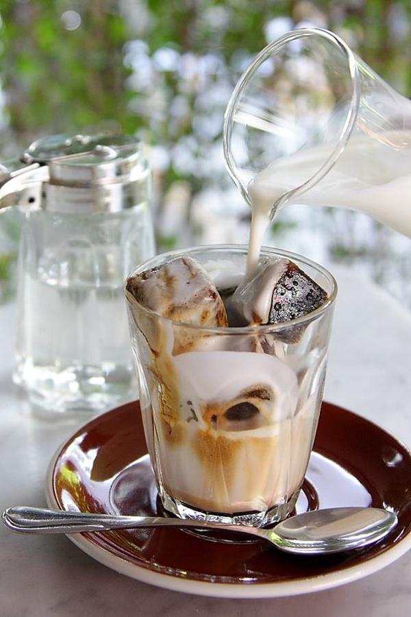 220402 hinh anh ly cafe da Serano 6